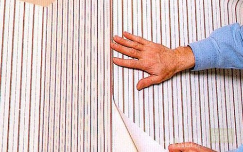 Оклеивание стен